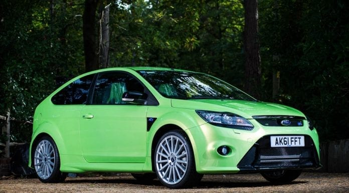 Profit from Focus – Six year old Ford Focus RS to be sold for nearly double its price in 2011; it has just 18 miles on the clock – Offered by Silverstone Auctions at their NEC Classic Motor Show Sale on 11th and 12th November 2017.