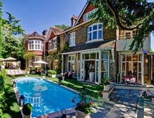 All in a flap – 71 Frognal, Hampstead, London, NW3 6XY