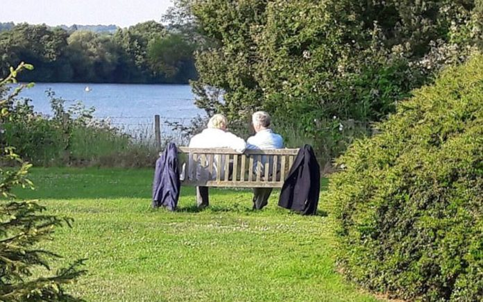 Picture of the Week – A Coalition of Conspiracy – Boris Johnson pictured plotting with Sir Michael Fallon on a bench in Kent