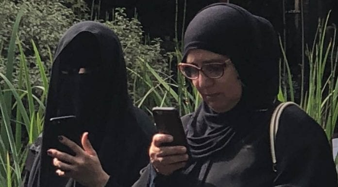 Bozos, Burkas and Farage – Debate on burkas in UK should continue – Matthew Steeples suggests Nigel Farage is wrong about Boris Johnson's latest gaffe about burkas in Britain.