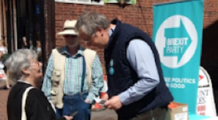A Royal Borough Rotter – Councillor Matthew Palmer – Conservative RBKC councillor Matthew Palmer exposed as a rotter and hypocrite; he's even caught campaigning for the Brexit Party.