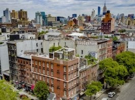 A Cottage in the Clouds – Penthouse at Minthorne House, 72 East 1st Street, East Village, New York, NY 10003, United States of America – For sale for £2.7 million ($3.5 million, €3.1 million or درهم12.9 million) through Compass