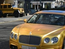 Going for gold – Wealthy Arabs – London – Gold cars – Gold Mercdes-Benz G-Wagen – Gold Bentley – Gold Lamborghini – Bad taste – Luxury – Knightsbridge