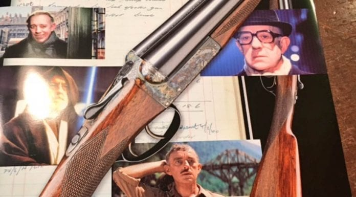 Kind Hearts and Boxlock Ejectors – William Evans 12-bore commissioned by Sir Alec Guinness in 1959 to be auctioned on 8th December 2016 by Holts Auctioneers in London – estimate of £3,000 to £5,000 ($3,800 to $6,400 or €3,600 to €6,000 or درهم14,000 to درهم23,400)