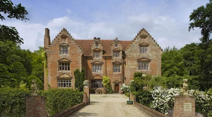 Mind the Moat – Morley Old Hall, Morley St. Peter, Wymondham, Norfolk, NR18 9TT – £2.25 million ($2.8 million, €2.6 million or درهم10.3 million‎‎) – Strutt & Parker