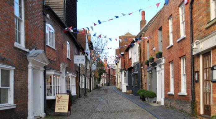 The pleasures of Petworth – A day trip to Petworth, West Sussex