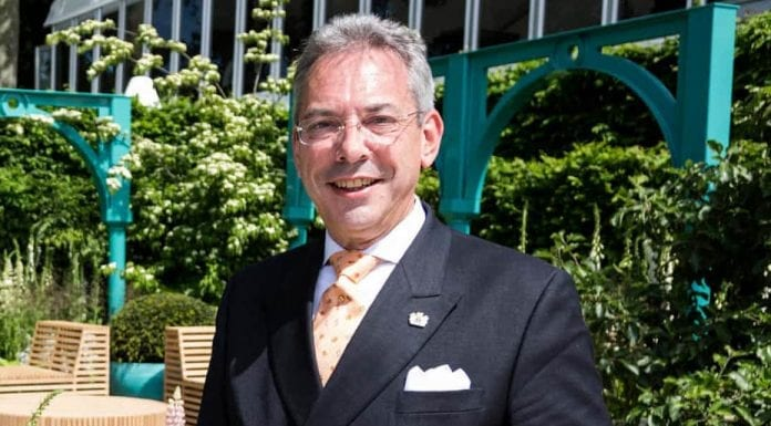 Out To Lunch – Westminster Councillor Robert Davis MBE, DL – As a Westminster councillor's penchant for meals at 5 Hertford Street and the home of the owner of the 'Daily Mail' is highlighted, we suggest it is high time elected officials' extravagance be reigned in