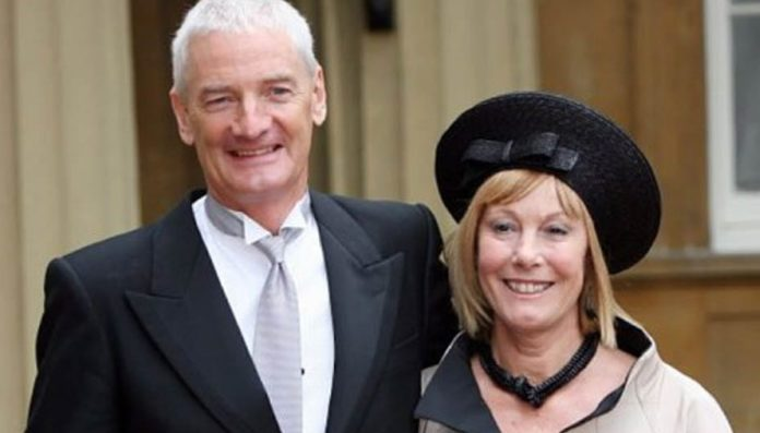 A Moral Vacuum – Brexiteer Sir James Dyson is nothing but a hypocrite – Billionaire Brexiteer James Dyson (yet again) shows himself as nothing but a self-serving prick in relocating his HQ to Singapore.