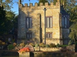 A Homely Castle – Britain's smallest castle – Starborough Castle, Moor Lane, Marsh Green, Edenbridge, Kent, TN8 5QY, United Kingdom – For sale for £1.75 million ($2.24 million, €2.09 million or درهم8.24 million) through Henry & James
