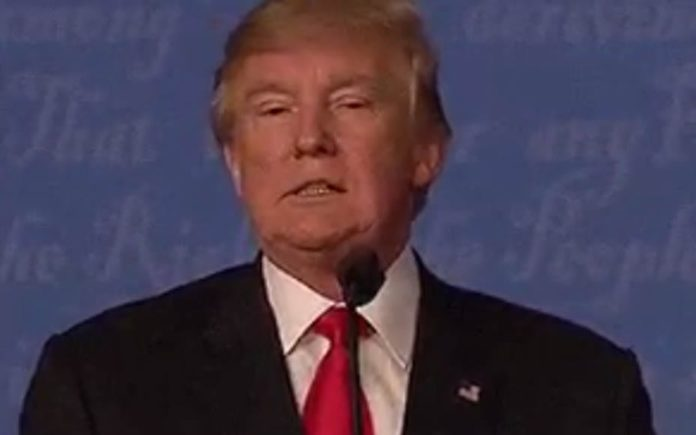 Tearing Up Trump – Donald Trump caught tearing up his notes after his last debate with Hillary Clinton
