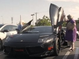 Video of the Week – Two Grannies, One Lambo