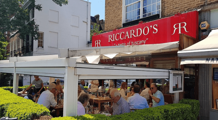 Riccardo's Responds – Riccardo's in Chelsea helps during coronavirus – Riccardo's Italian restaurant in Chelsea leads the way in showing community mindedness during the coronavirus outbreak. 126 Fulham Road, Chelsea, London, SW3 6HU.