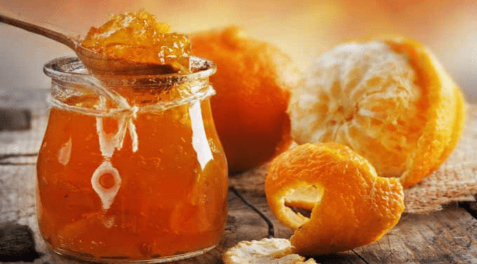 More Matters Marmalade – Part V – Guardian readers on marmalade – Letter penning 'Guardian' readers return to their favourite subject – marmalade. This time marmalade and tights.