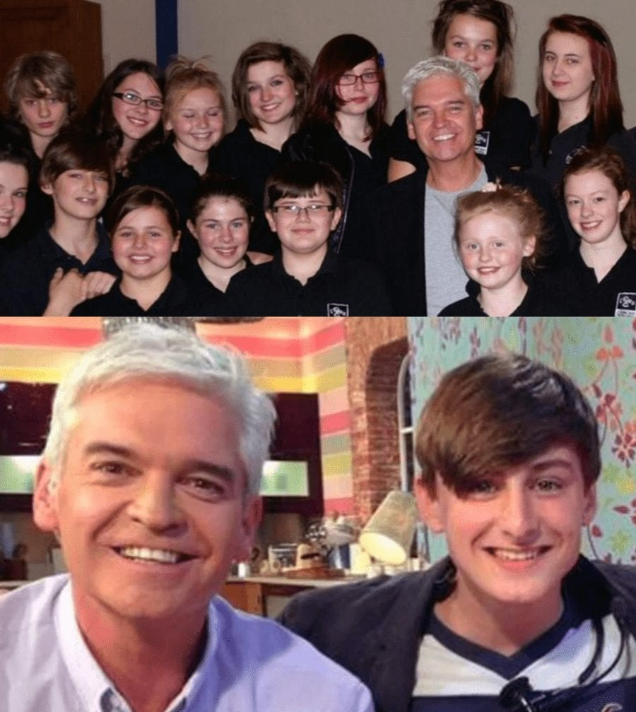 """Phillip Schofield – What a Plonker! Wine range condemned as """"bin fit"""" – All-round plonker Phillip Schofield's wine range condemned as """"only fit for the bin"""" and """"no more palatable than fizzy Ribena."""""""