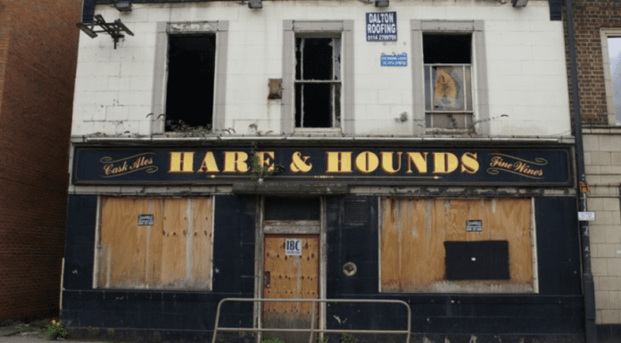 A Pintless Policy – 7 out of 10 pubs will close permanently due to Covid-19 – Matthew Steeples slams 'Bosie The Clown's' pub destroying lockdown; 7 out of 10 pubs are likely to close as a result and the nation will be left pintless.
