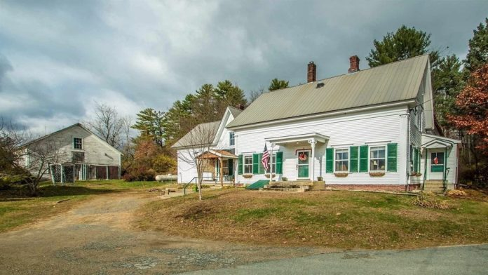 """Lock Him Up! Jail for sale in Guildhall, VT; perfect new home for Trump – Ideal new 'home' for likely to be impeached Donald Trump for sale just as he prepares to leave office; it comes with its own jail – the perfect place to """"lock him up!"""" – Jailer's House, Jailer's Barn and former Essex County Jail, 43 Courthouse Drive, Guildhall, Essex County, Vermont, VT 05905, United States of America – Listed for sale by Lisa Hampton Real Estate for £110,000 ($149,000, €123,000 or درهم547,000), a sum 100% higher than its April 2018 asking price."""